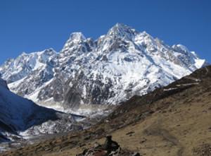 tsum_valley_trekking